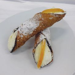 02 213 Cannoli Siciliano