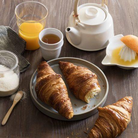 07 704 Plain Croissant 70g B